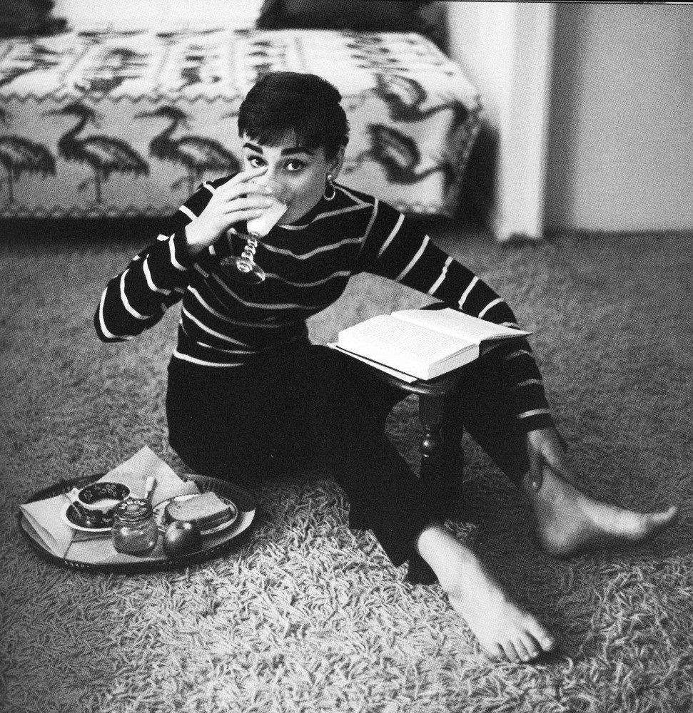 Audrey-Hepburn-1953-Mark-Shaw