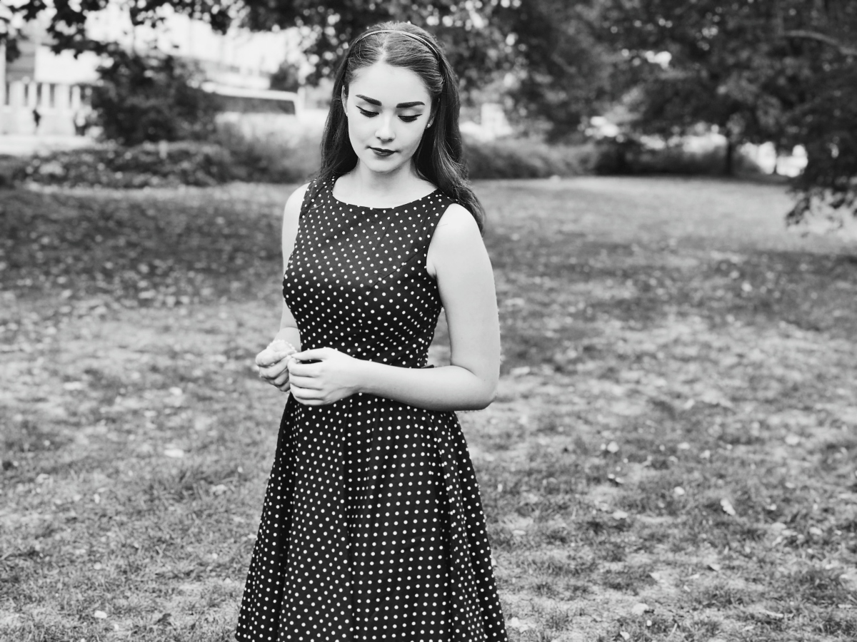 Your vintage must-haves - 50's Sabrina Neckline Dress